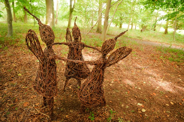Willow Sculpture | creative visualart.com