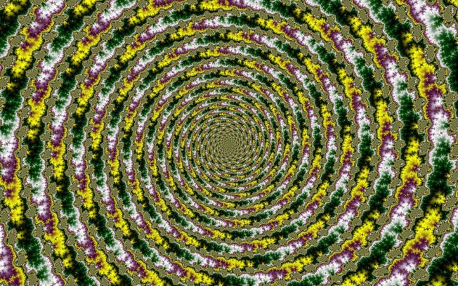 fibonacci_spirals_in_the_mandelbrot_set___by_ichsehetotemenschen-d5m7ccb